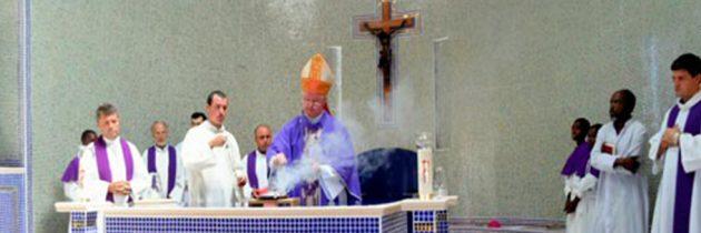 Kenya: Vizita Preasfinţitului Aurel Percă în misiunea catolică română din Maikona